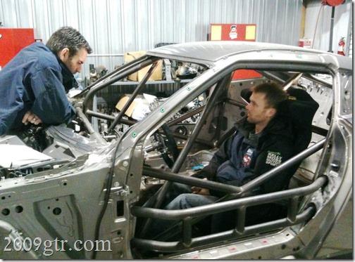 World Challenge GT : Roll Cage Progress - 2009gtr.com